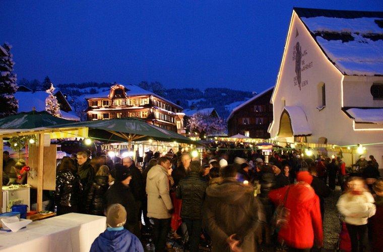 Weihnachtsmarkt Schwarzenberg.Schwarzenberger Adventmarkt Tourismus Schwarzenberg